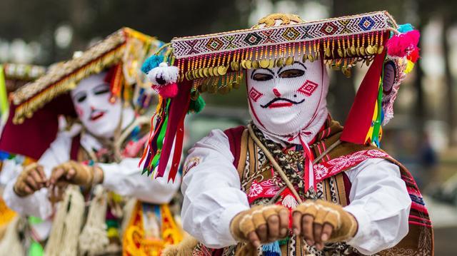Populární slavnosti Peru